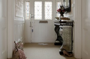 Choosing the right flooring for a hallway